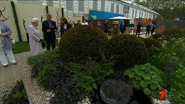 Queen visits centenary flower show