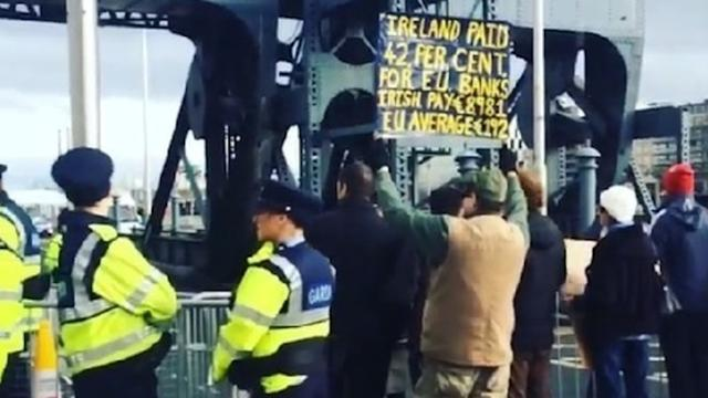 Irish Protester Gives Colourful Advice on How to Deal With EU Laws