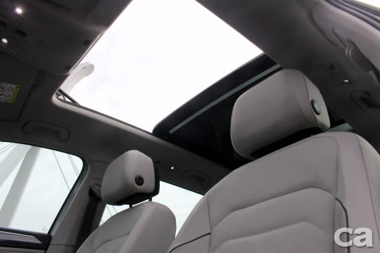 Comfortline、Highline車型另可加價選配全景式天窗。