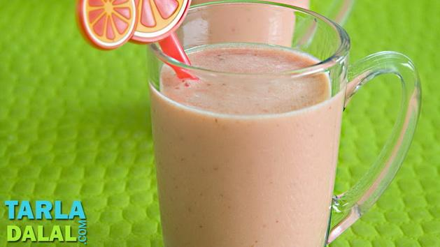 Orange and Strawberry Smoothie by Tarla Dalal