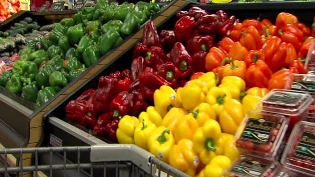 Lake County Free Clinic distributes Veggie Vouchers