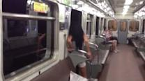 Doors don't close on Moscow subway