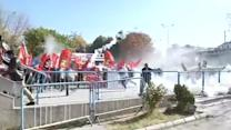 Riot police, protesters clash outside Ankara court