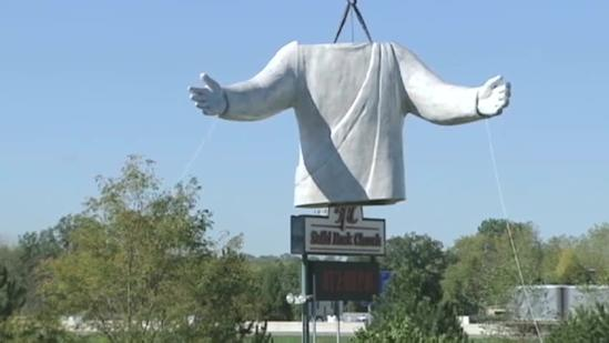 Jesus statue assembled in Monroe Wednesday