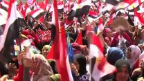Raw: Thousands in Cairo to Protest, Defend Morsi