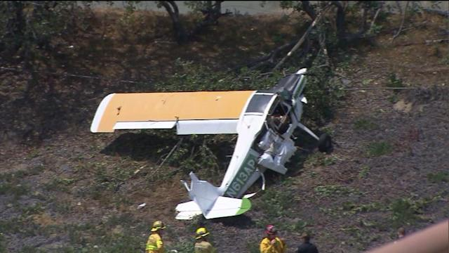 Small Plane Crash Lands Near I-405 in Long Beach