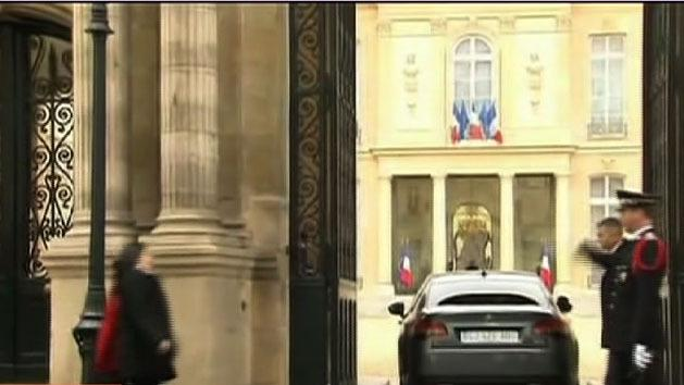 French cabinet backs same-sex bill