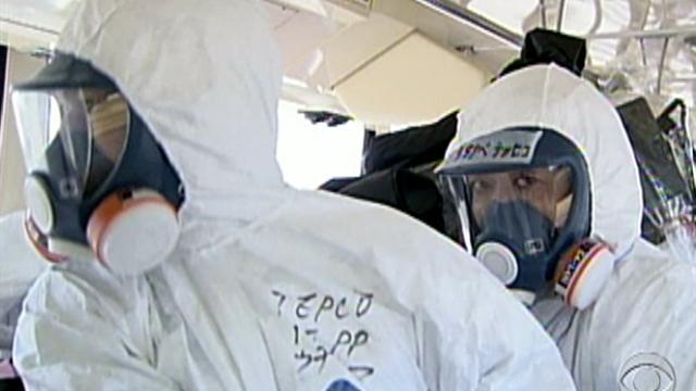 Reporters get first tour of Fukushima plant