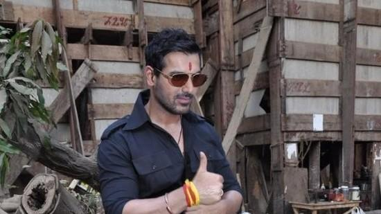 Why Is John Abraham Missing Kangana Ranaut?