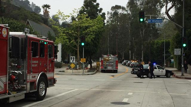 Hollywood Hills shooting: LAPD officers injured, suspect found dead
