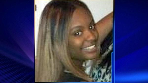 Funeral held for Janay McFarlane, South Side teen murdered in North Chicago