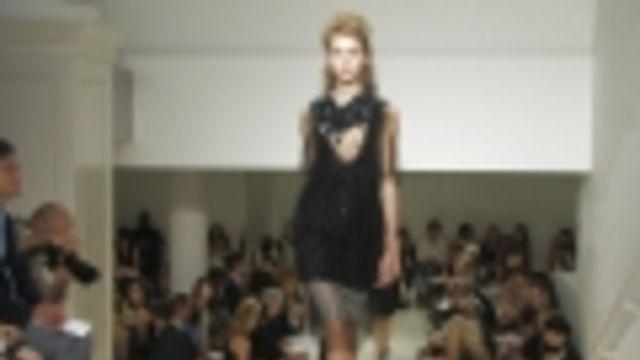 Style.com Fashion Shows - Vera Wang: Spring 2010 Ready-to-Wear