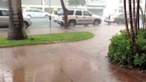 Heavy rain falls over Oahu