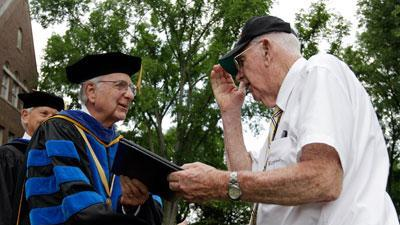 Tenn. college gives WWII vets honorary degrees