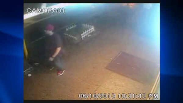 Man, 92, robbed; Suspect caught on camera