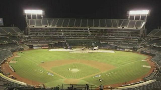 TIMELAPSE: Coliseum converted from baseball to football