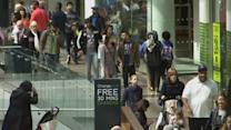 UK shops to recovery, but wages lag