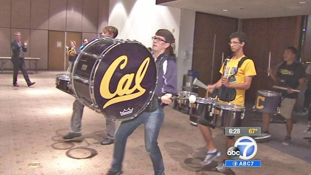 UC Berkeley Marching Band serenades quadriplegic alumna