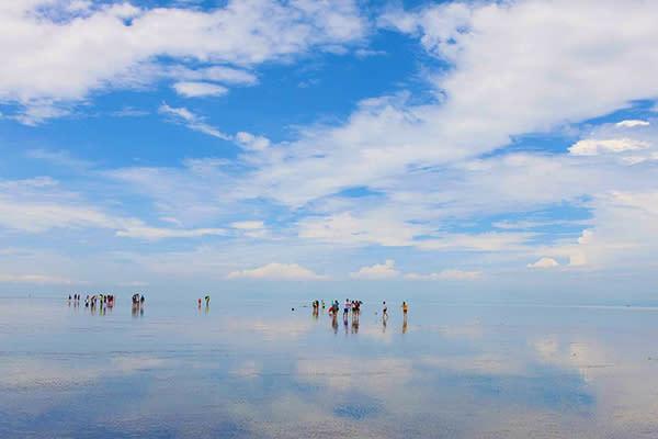 沙沙蘭天空之鏡 (圖/天空之镜 Sky Mirror Tour & Travel Sdn Bhd)