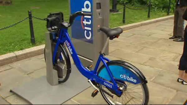 New York City launches long-awaited bike share