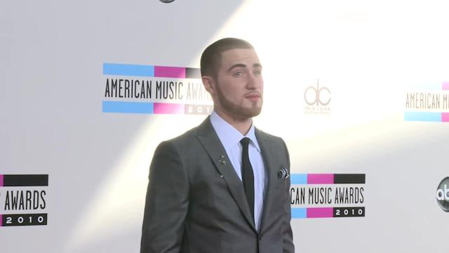AMA 2010 Red Carpet Fashion Mike Posner