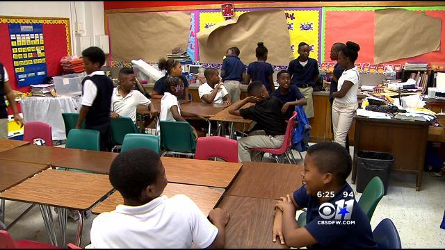 Dallas 5th-Graders Waging Fight Against Drugs