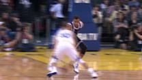 Curry Crosses up Sefolosha