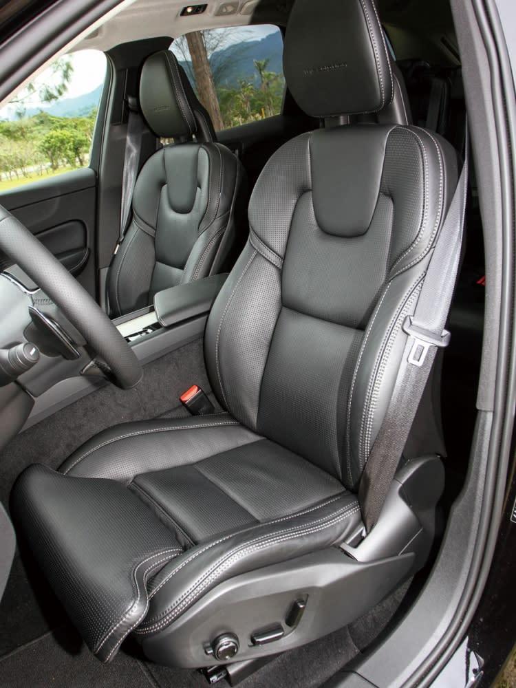 Nappa透氣真皮舒適型座椅,能依需求選配冷熱通風功能。