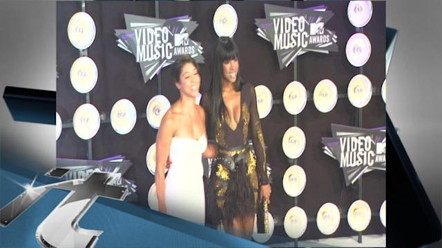 Music Group News Pop: Kelly Rowland Reveals Beyonce's Annoying Habit: 'She's A Slob!'