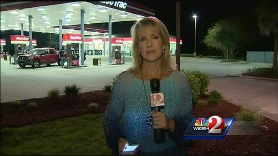 Officer shoots 2 suspects at DeLand gas station