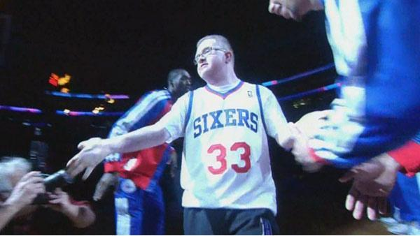 Sixers honor Bensalem basketball star Kevin Grow