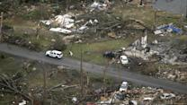 Tornadoes Kill at Least 17 in US