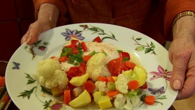 How To Cook Swordfish And Vegetables With The Microwave Gourmet