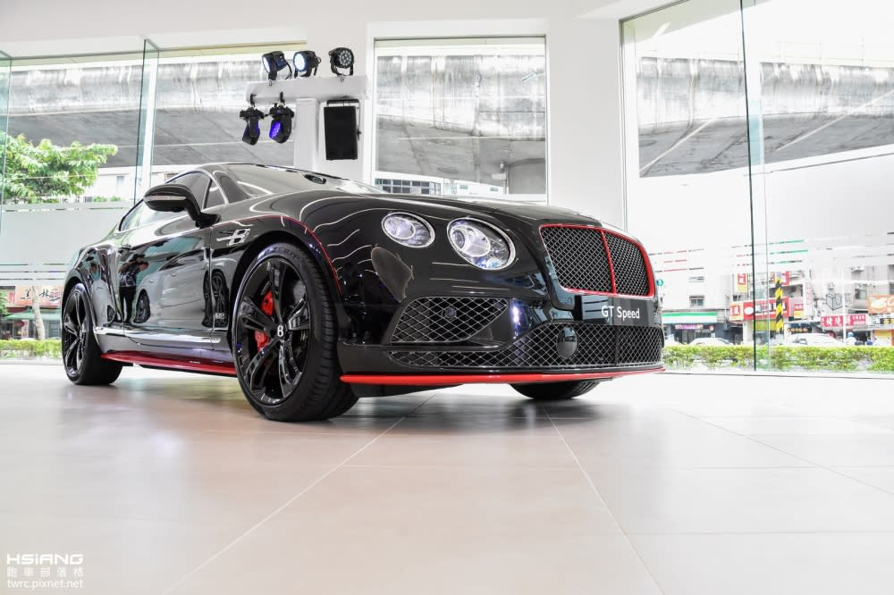 夠黑、才稱得上耀眼,Bentley Continental GT Speed Black Edition特仕版