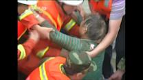 Video shows China ship sink rescue