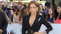 Jennifer Lopez im XXS-Mini bei den MTV Movie Awards 2015