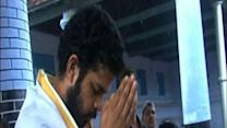 Sreesanth offer prayers after getting bail in IPL fixing case