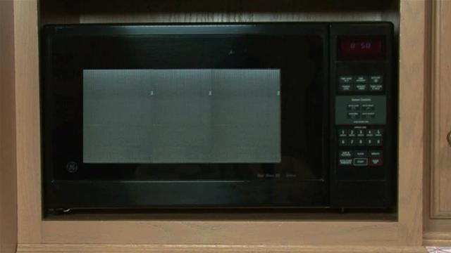How To Prevent Food Poisoning From Microwaves
