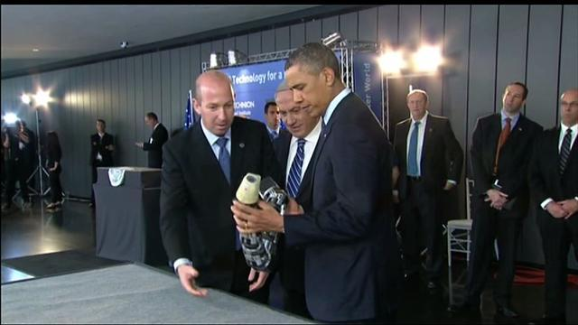 Obama tours technology expo in Israel