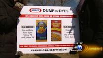 Food blogger asks Kraft to stop using dye in mac and cheese