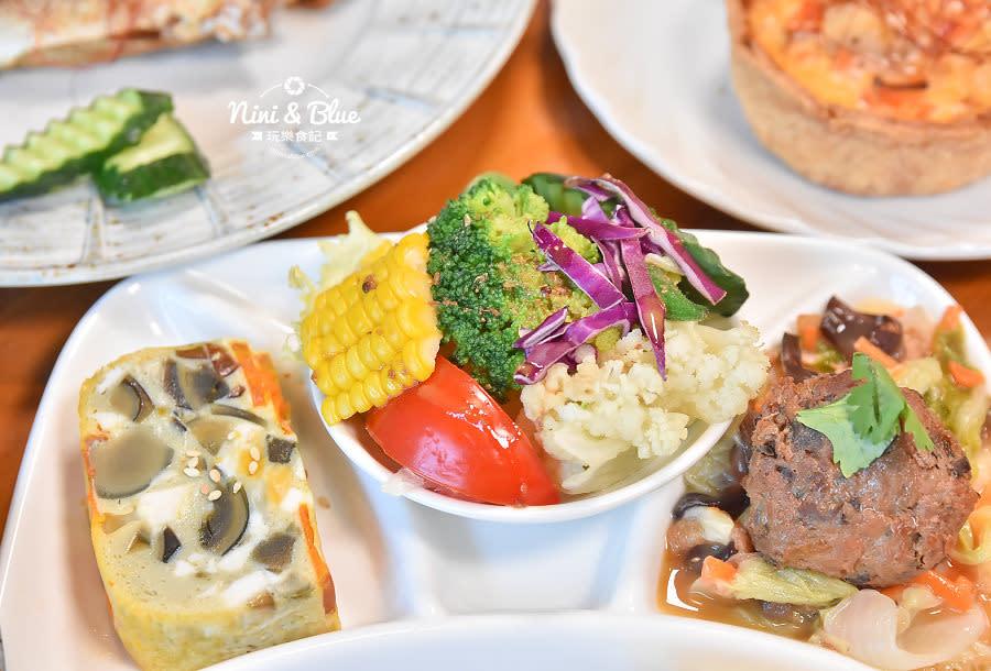 東麗風店 茶花 咖啡 台中咖啡館12