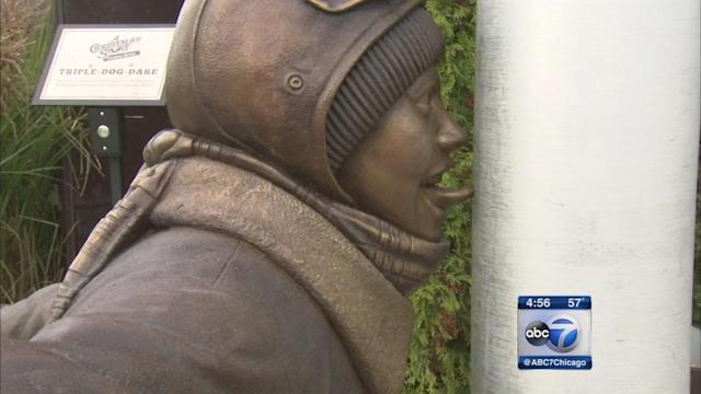 'A Christmas Story' statue immortalizes classic scene in Hammond, Indiana