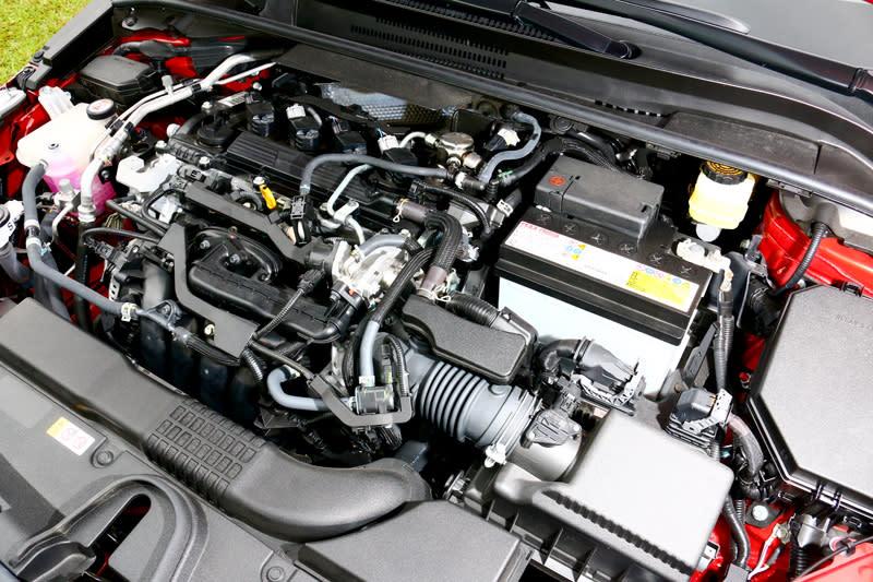 2.0升自然進氣引擎170hp/20.4kgm動力,不論日常使用或操駕都足以應付。
