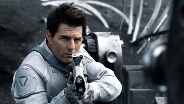 Tom Cruise sigue arrasando con Oblivion