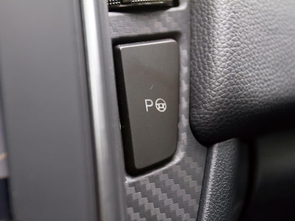 標配APA智駕輔助停車系統,停車苦手也能輕易停妥車輛。