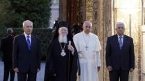 Raw: Pope Wades Into Mideast Peace-making