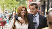 "Suits Star Sarah Rafferty Reveals Some Hints About the ""Raw and Emotional"" Season Finale"