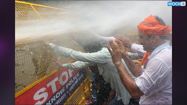 Police Use Water Cannons On Indian Rape Protesters