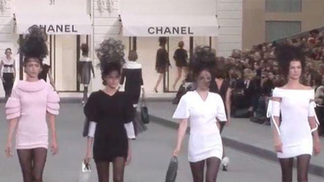 Style.com Fashion Shows - Chanel: Spring 2009 Ready-to-Wear