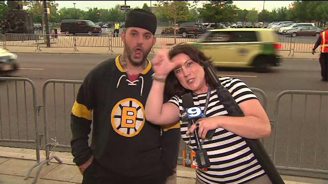 Fans Brave Stormy Night to See Stanley Cup Playoffs